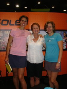 1st time meeting Dimity&Sarah Country Music Nashville Marathon 2011